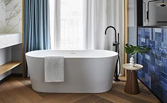 Luxurious Bathroom Suite de Vivi